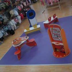 espace enfants pour un magasin de textile