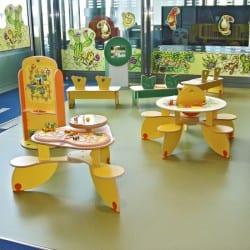 parc de jeux pour les petits enfants au bureau