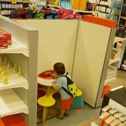 coin enfants dans une pharmacie