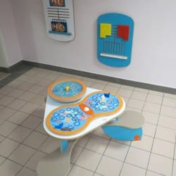 aménagement d'une espace enfants dans une salle d'attente