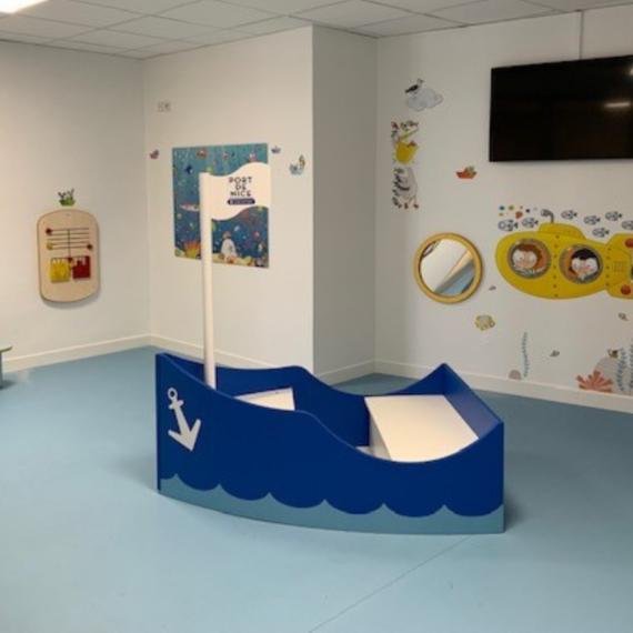 Aire-de-jeux-pour-enfants-port-de-Nice